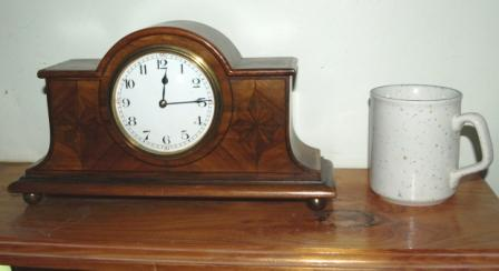 Front view of Edwardian mantel clock